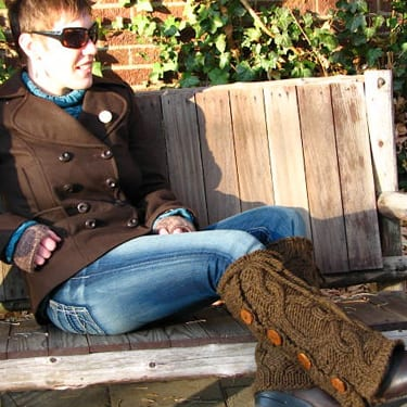 Bulky Cabled Legwarmers with Buttons - lounging brown