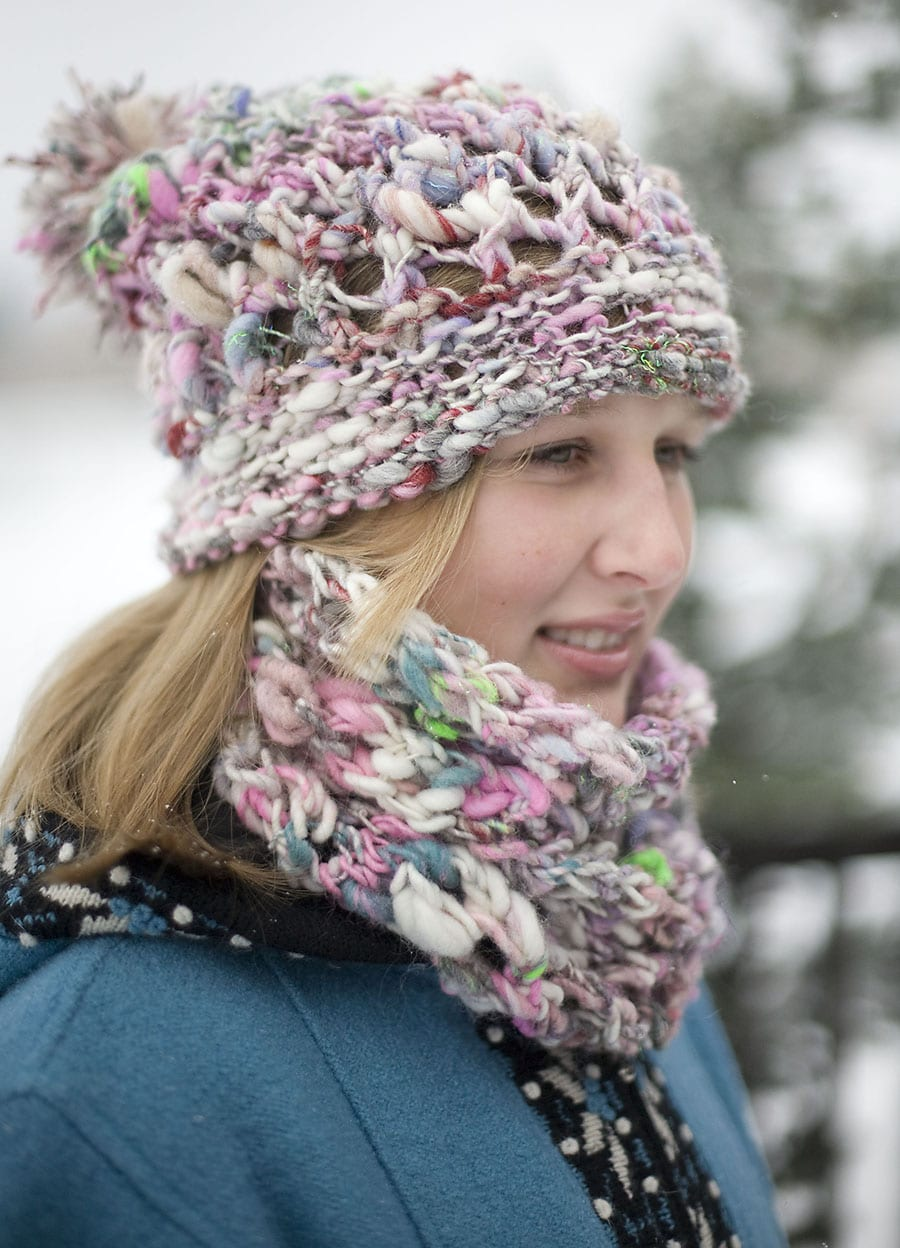 Magnolia Handspun - Aspen Ice Hat and cowl - side view