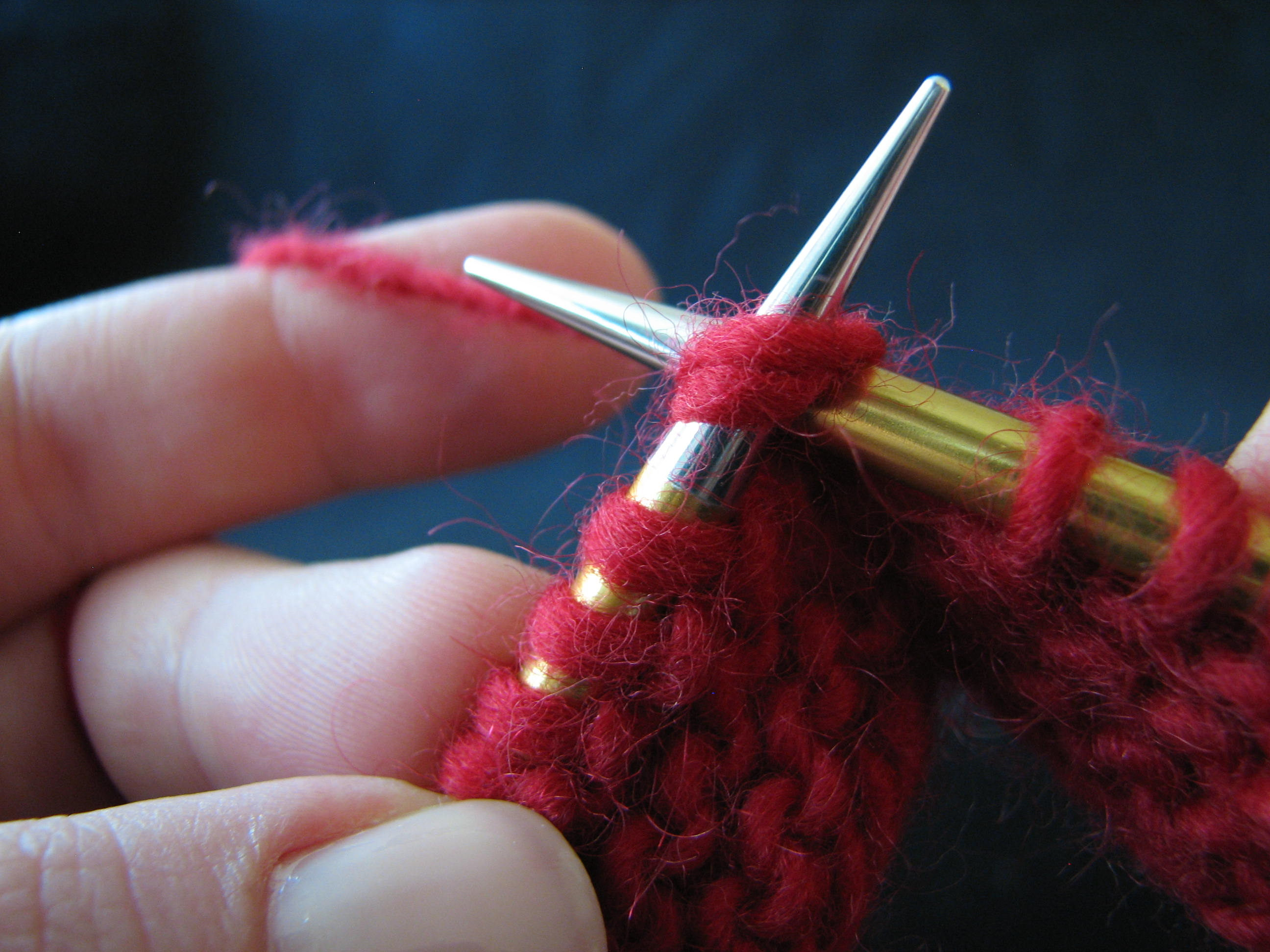 How to Knit Faster - Fast Knitting KnitFreedom